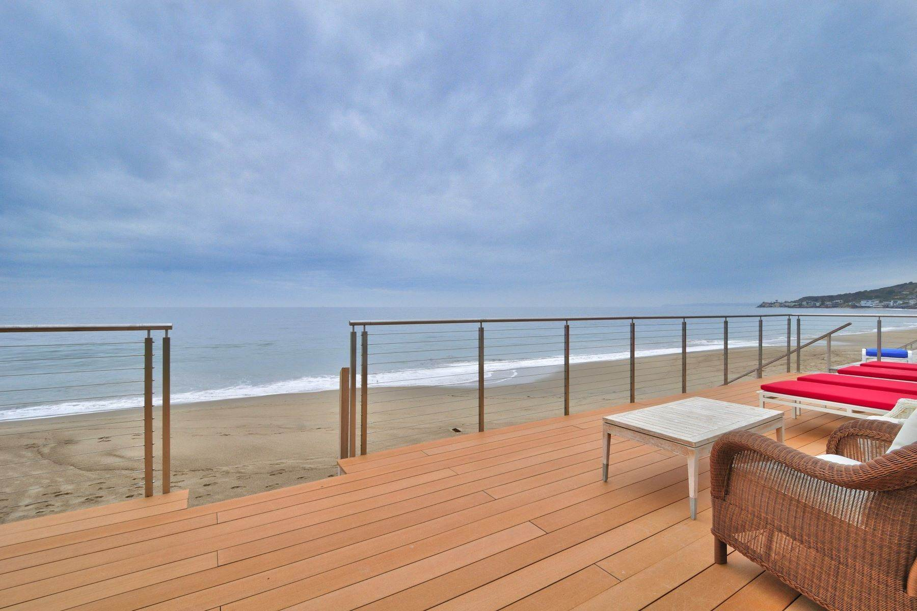 Guard Gated Malibu Colony Beach Estate 23536 Malibu Colony Road Malibu, 캘리포니아 90265 미국에 Single Family Homes